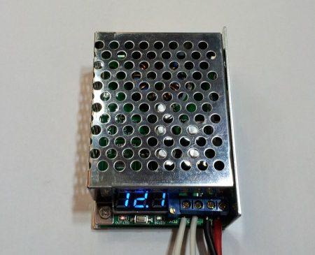 DC – DC lefelé állítható feszültség stabilizátor 10A digitális kijelzővel ipari kivitel RENDELÉSRE !!!!! 3-4 munkanap