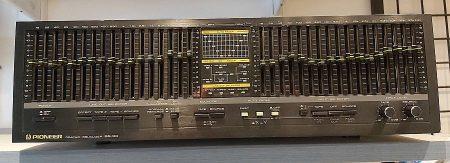 PIONEER SG-90 Graphic Equalizer (használt, szép állapotú) ELADVA !!!!!