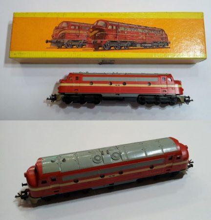 TT disel mozdony vasútmodell eredeti dobozában (545/9) ELADVA !!!!!!!