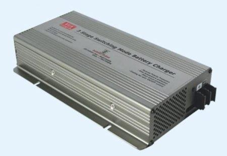 Akkumulátortöltő 12V 20,85A 300W MEAN WELL (PB-300P-12) RENDELÉSRE !!!!! 3-4 munkanap (előre utalással)