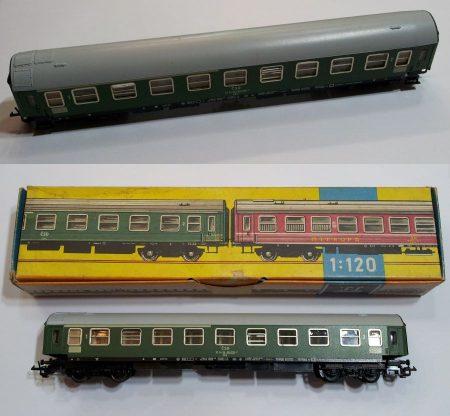TT vagon személyszállító kocsi zöld vasútmodell eredeti állapot KAPHATÓ !!!!!